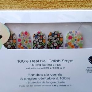 Nail color strips